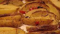 Przepis na pieczone ziemniaki łódeczki z chili