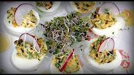 Przepis na jajka wielkanocne z suszonymi pomidorami
