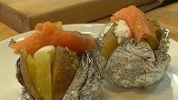 Przepis na zapiekane ziemniaki z łososiem