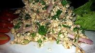 Przepis na pikantną sałatkę z kurczakiem Lab Kai