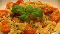 Przepis na makaron z pomidorkami cherry