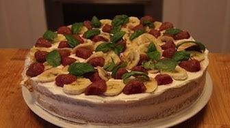 Przepis na tort z gotowych blatów oraz kremów